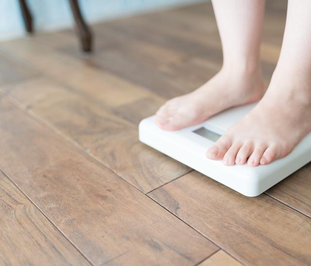 タニタ体重計の簡単な初歩や基本的な使い方・利用方法・仕様方法・やり方