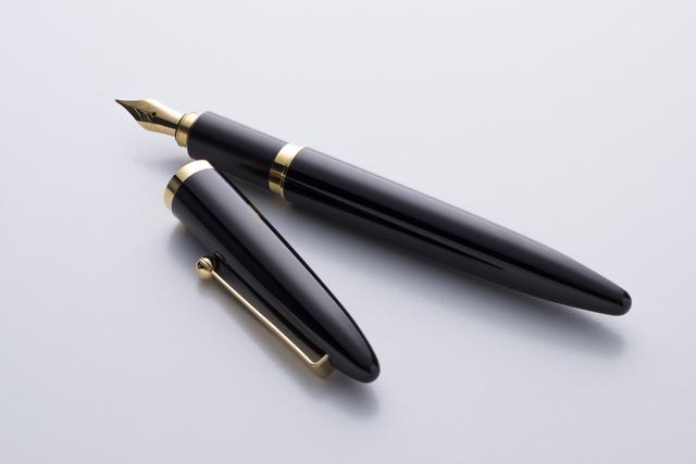 万年筆の簡単な初歩や基本的な使い方・利用方法・仕様方法・やり方