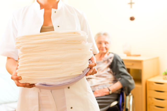 介護おむつの簡単な初歩や基本的な使い方・利用方法・仕様方法・やり方