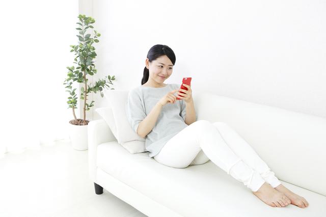 らくらくスマートフォンの簡単な初歩や基本的な使い方・利用方法・仕様方法・やり方