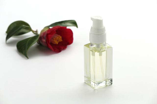 椿油顔の簡単な初歩や基本的な使い方・利用方法・仕様方法・やり方
