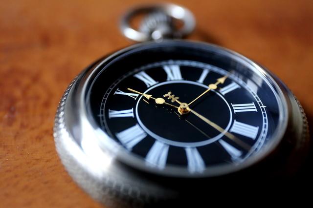懐中時計の簡単な初歩や基本的な使い方・利用方法・仕様方法・やり方