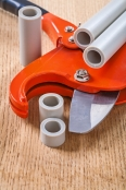 cutted pipes and pipe cutter