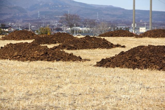 バーク堆肥の簡単な初歩や基本的な使い方・利用方法・仕様方法・やり方