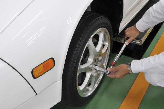 タイヤトルクレンチの簡単な初歩や基本的な使い方・利用方法・仕様方法・やり方