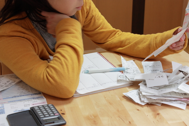 レシート貼るだけ家計簿の簡単な初歩や基本的な使い方・利用方法・仕様方法・やり方