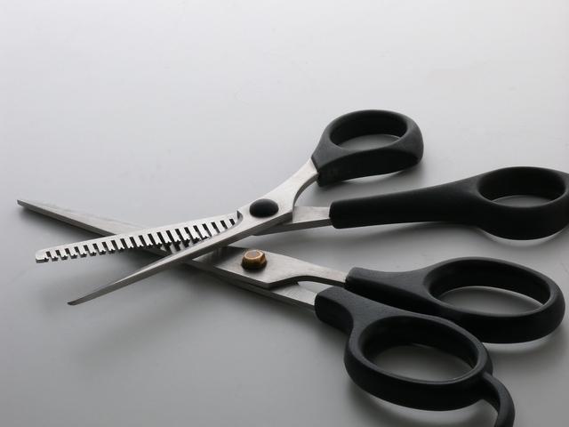すきバサミメンズの簡単な初歩や基本的な使い方・利用方法・仕様方法・やり方