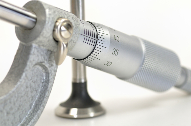 ミツトヨマイクロメーターの簡単な初歩や基本的な使い方・利用方法・仕様方法・やり方