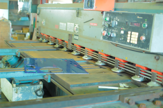 プラズマ切断機の簡単な初歩や基本的な使い方・利用方法・仕様方法・やり方